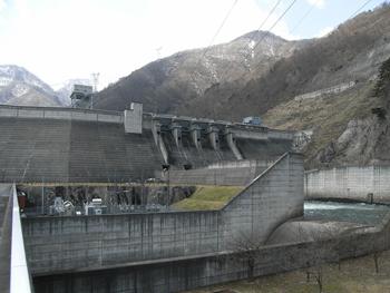 【ダム内の操作室見学も可能】ダムのすべてがわかる!大川ダム&資料館